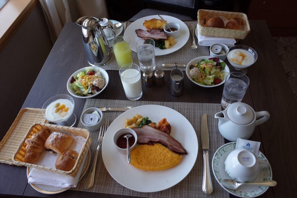 グランドニッコー東京台場 朝食ルームサービス