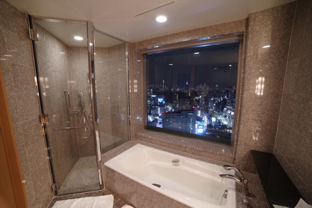 セルリアンタワー東急ホテル エグゼクティブデラックスキングルーム 週末物見遊山