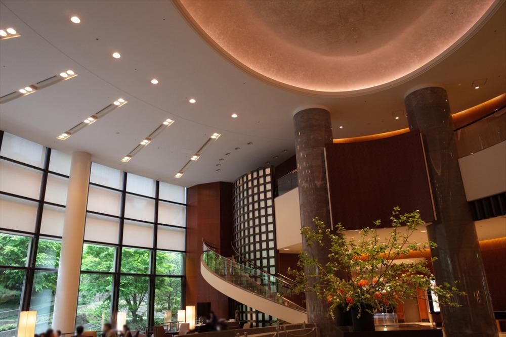 セルリアンタワー東急ホテル ロビー 週末物見遊山